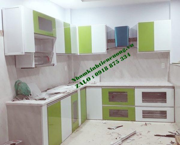 Mẫu Tủ Bếp Nhôm Kính Sơn Tĩnh Điện Màu Trắng Sứ Đẹp Giá Rẻ